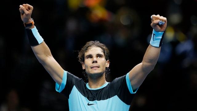 Der Spanier jubelt über seinen Sieg gegen Murray.