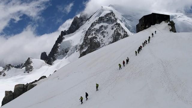 Alpnisten am Mont Blanc.