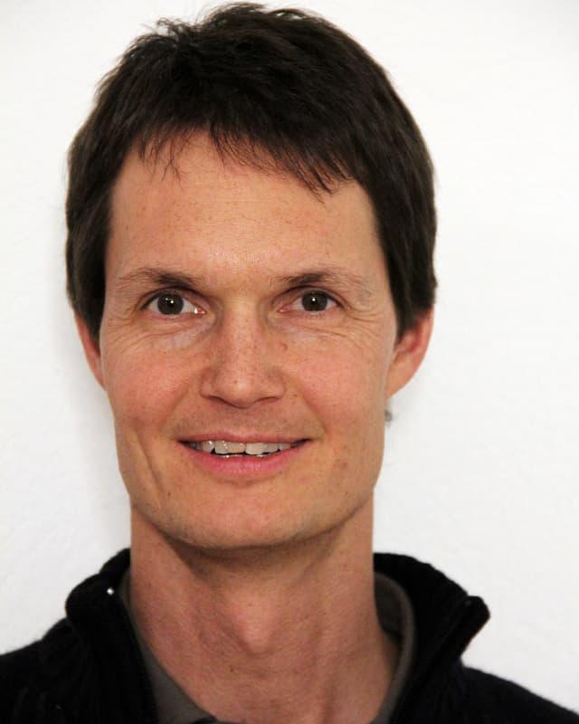 Portratiaufnahme von Dr. Matthias Huss
