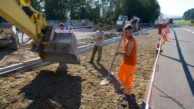 Strassenbauer bei der Arbeit