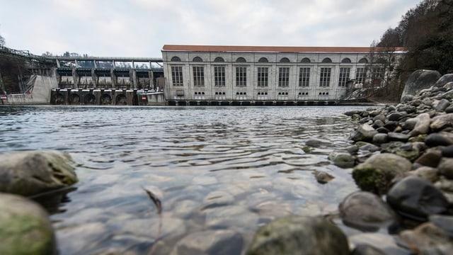 Das Wasserkraftwerk Mühleberg im Kanton Bern.