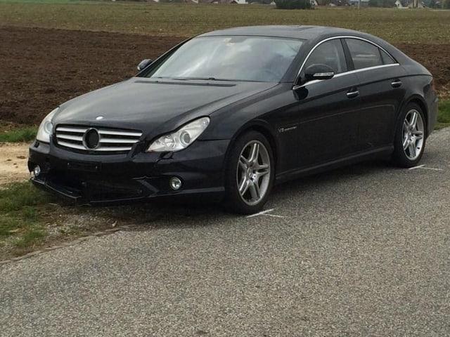 Schwarzes Mercedes Coupé