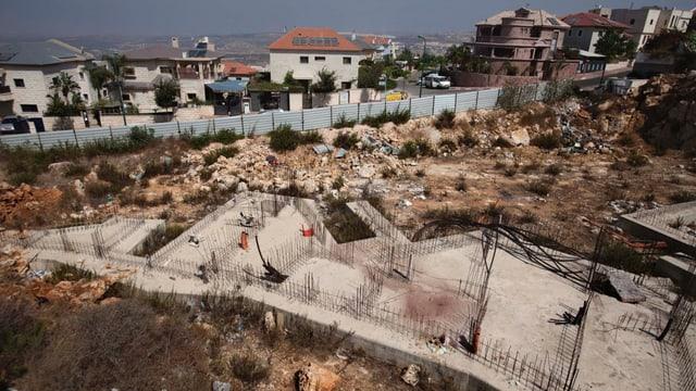 Blick auf eine Baustelle für israelische Wohnungen im Westjordanland