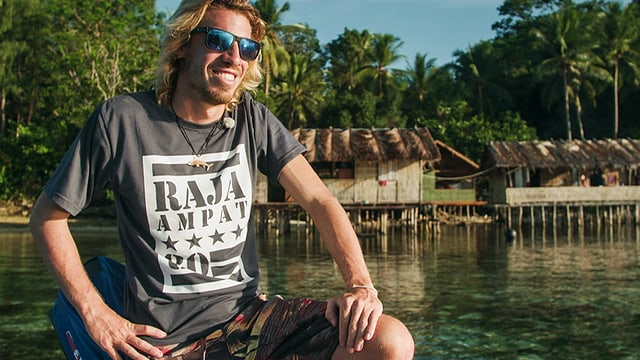 Umwelterzieher und Englischlehrer Jonas Müller in Raja Ampat
