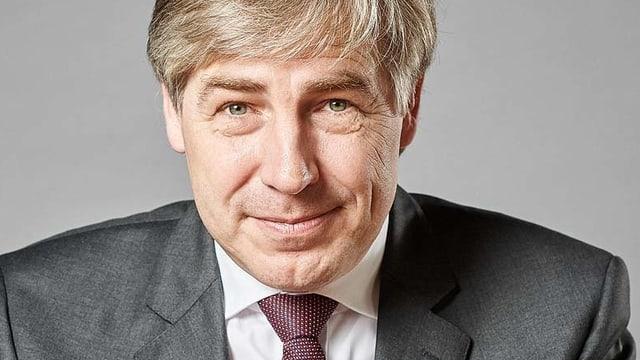 Porträtaufnahme von Wellershoff.