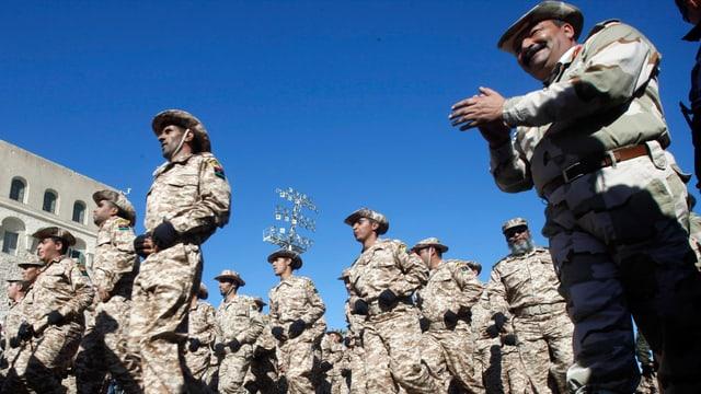 Parade der libyschen Armee.