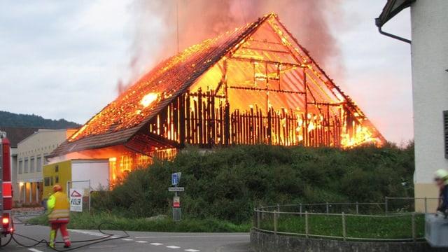 Brennedes Haus in Reinach.