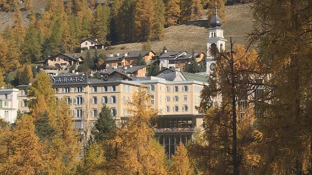Purtret da l'hotel Saratz a Puntraschigna.
