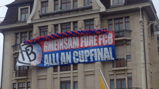 Flagge mit FCB-Logo