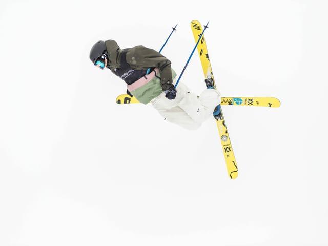 Der Schweizer Freeskier Andri Ragettli.