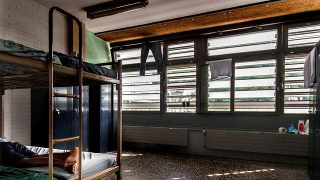Betten in einer Asylunterkunft.
