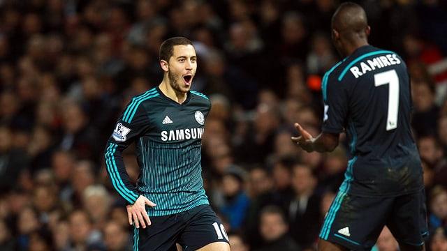 Eden Hazard (links) entschied die Partie gegen West Ham.