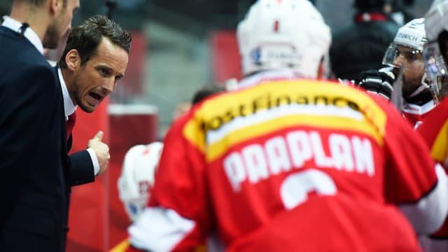 Vincent Praplan und Trainer Patrick Fischer starten gegen Kanada.