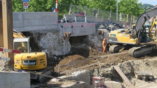 Reste der ursprünglichen Kettenbrücke