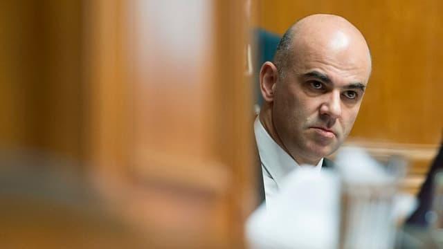 Bundesrat Alain Berset im Nationalrat während der Wintersession der Eidgenössischen Räte.