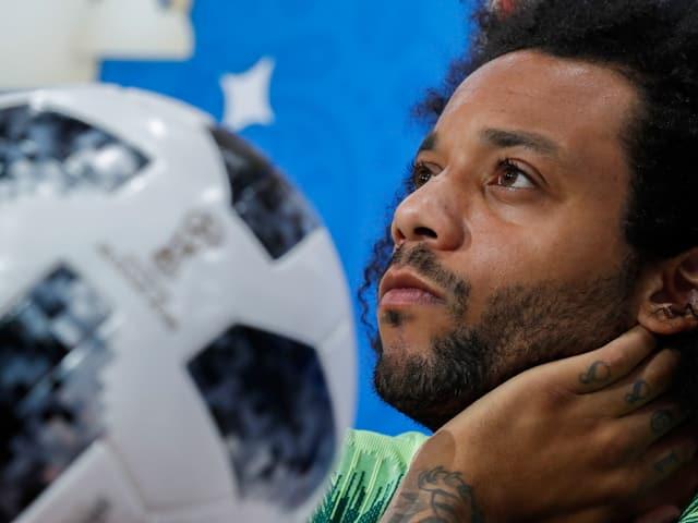 Verteidiger Marcelo von Real Madrid führt den Rekord-Weltmeister an.