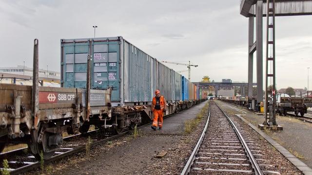 La SBB Cargo transporta mintg'onn bun in quart da la rauba en Svizra.