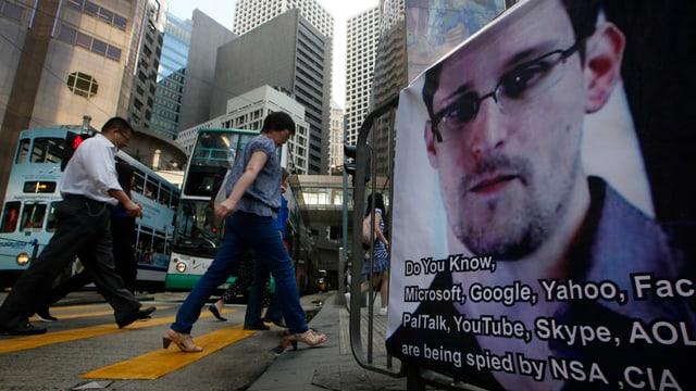 Ein Plakat von Snowden in den Strassen von Hongkong