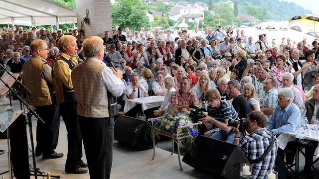 Konzert im Pavillon am See.