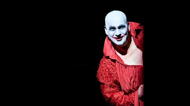 Nekrozar, die Hauptfigur des Theaterstücks «Le grand Macabre».