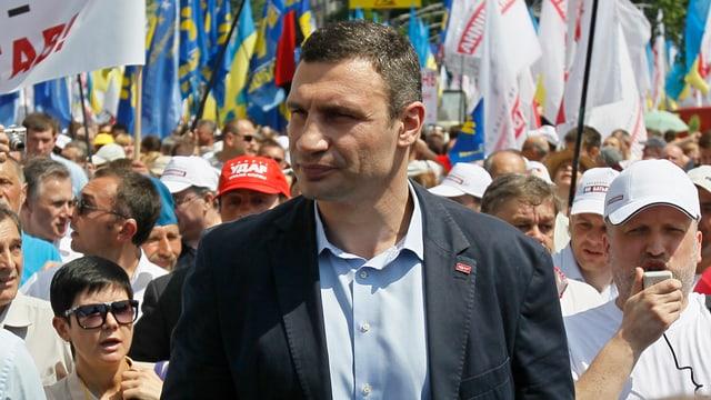 Boxweltmeister Vitali Klitschko an der Spitze des Demonstrationsumzugs.