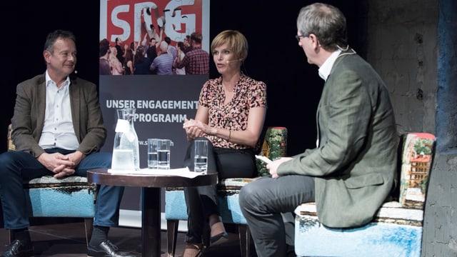 Thomas Bucheli, Sandra Boner und Peter Moor-Trevisan im Gespräch.