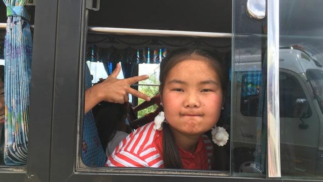Mädchen in einem Bus