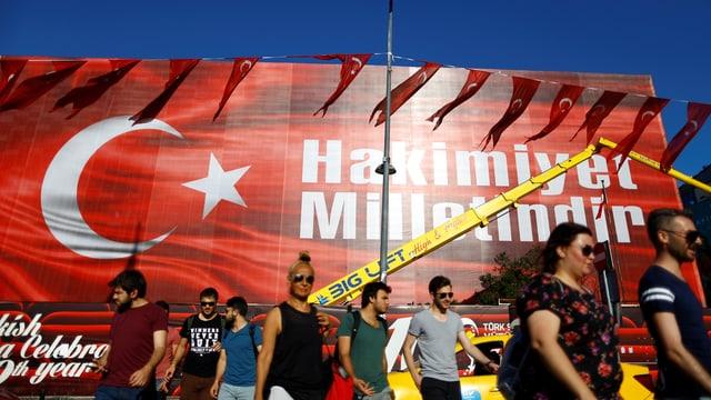 Banner am Atatürk Kulturzentrum