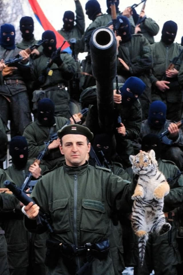 Željko Ražnatović, alias Arkan, und seine Tiger.