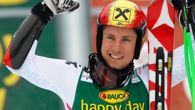 Marcel Hirscher gewinnt zum 2. Mal in Folge den Gesamtweltcup.