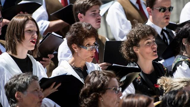 Über 120 Chöre singen am Innerschweizer Gesangfest in Cham.
