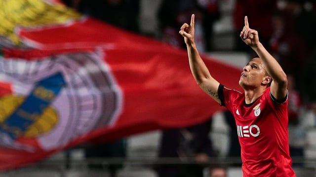 Benficas Lima bejubelt einen Treffer.