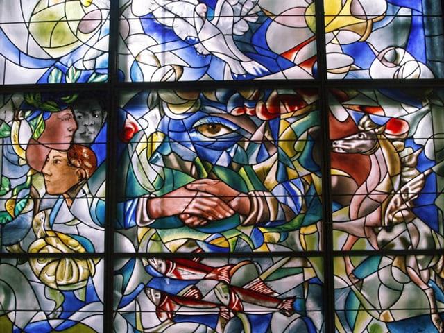 Buntes Kirchenfenster.