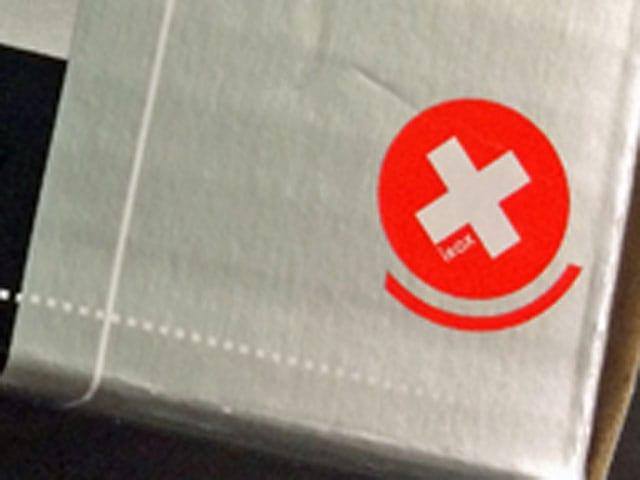 Schweizer Kreuz auf einer Verpackung.