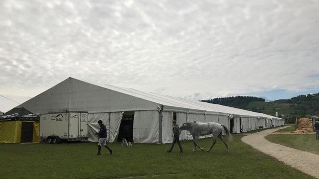 Das grosse Zelt des CSIO