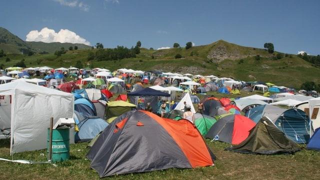 plaz da tendas a l'openair lumnezia l'onn 2013.