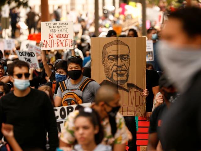 Aktivisten Demonstrieren