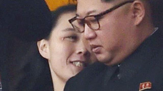 Kims Schwester neben dem nordkoreanischen Machthaber