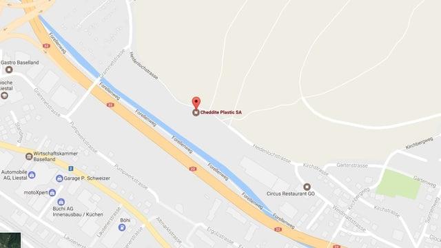 Ausschn9itt aus einer goglemaps-Karte. Er zeigt den Standort der ehemaligen Cheddite-Fabrik in Lausen und die Heidenlochstrasse in Lausen und Liestal.