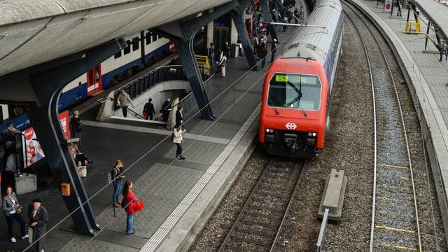 Bahnhof Stadelhofen in Zürich