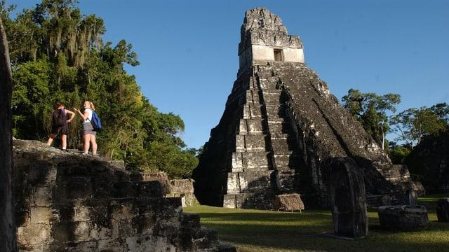 Ruinen in der Maya-Stadt Tikel, rund 500 Kilometer nördlich von Guatemala-City.