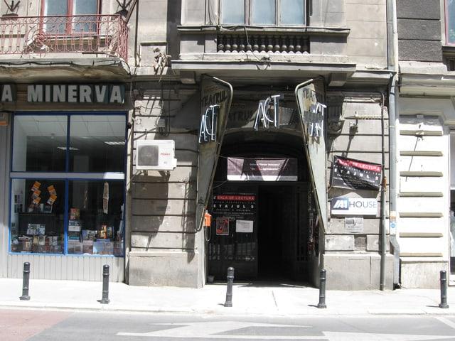 Ein Underground-Theater in Bukarest von aussen.