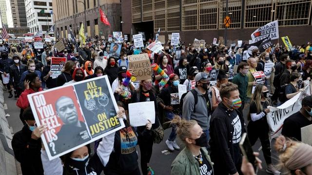 Weltweite Massenproteste ausgelöst