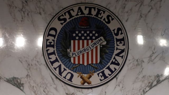Purtret dal logo dal senat dals Stadis Unids.