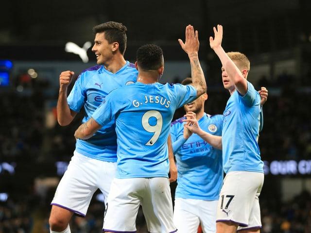 Manchester City liegt weiter 22 Punkte hinter dem Leader.