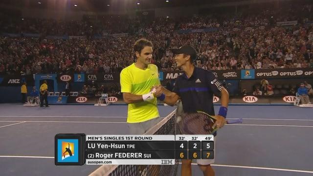 Lu gratuliert Federer.