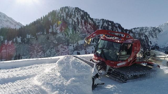 Video «Best of Tacho im Schnee (1/10)» abspielen