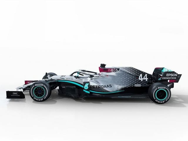 Mercedes: Fahrer: Lewis Hamilton (Nr. 44) und Valtteri Bottas (77).