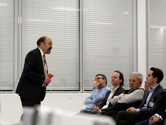 Ständerat Joachim Eder an der Nominationsversammlung der FDP Kanton Zug.