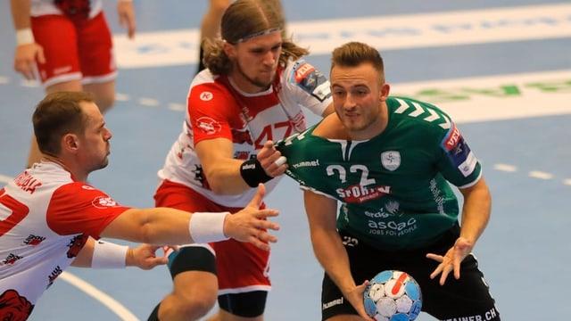 Ivan Wyttenbach im Kampf um den Ball